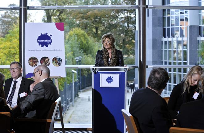 EUROMAT exige igualdad de condiciones para todos los juegos de azar