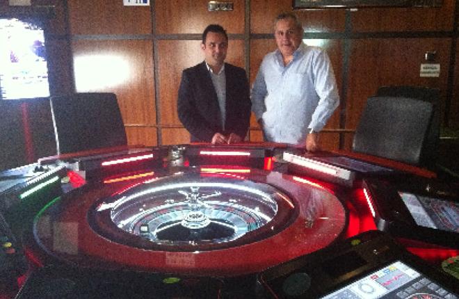 El salón Redelsa, de Cartagena, instala la ruleta BlackORed ocho puestos de Alcázar Group