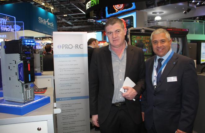 Bitronic incorpora el aceptador con reciclador iPro-RC de JCM
