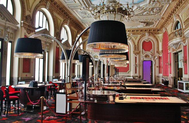 Denuncia por ampliación de la jornada laboral de los vigilantes de seguridad del Casino Gran Vía