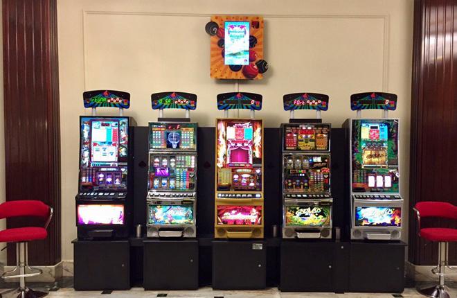 El Bingo Sporting incorpora máquinas de R.Franco