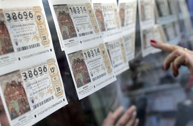 Casi el 76% de la poblaci&oacute;n adulta compra Loter&iacute;a de Navidad <br />