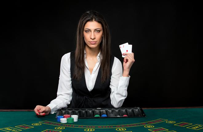 Las propinas que los clientes de los casinos entregan voluntariamente a los &laquo;crupier&raquo; no se integran en la base imponible de la Tasa fiscal que grava los juegos de azar<br />