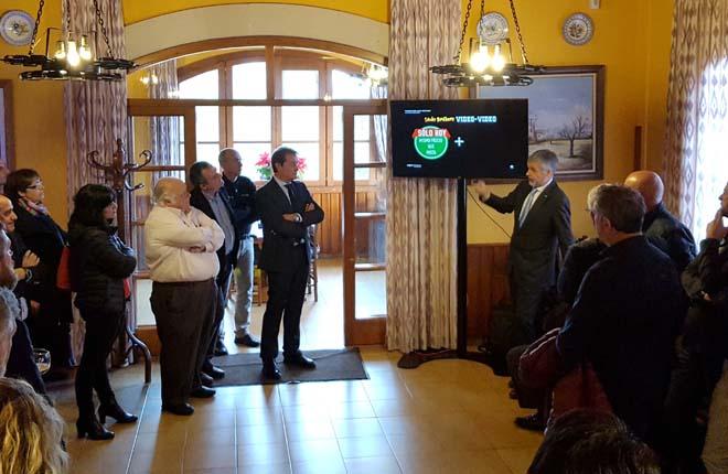 Lucky Brothers video-video sorprende en Baleares como paso previo a su presentaci&oacute;n oficial en Londres<br />