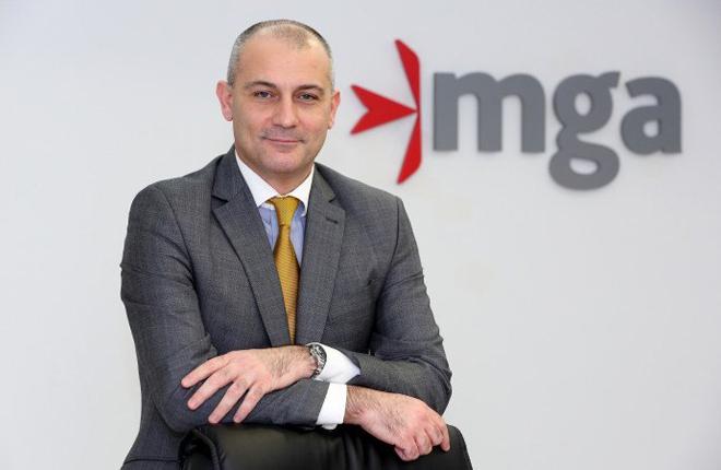 Joseph Cuschieri deja de ser regulador del juego de Malta para dirigir la Autoridad de Servicios Financieros del pa&iacute;s<br />