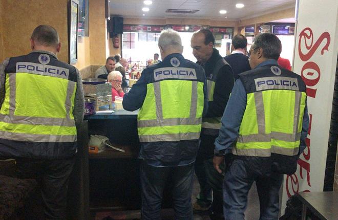 La Polic&iacute;a desmantela en Benidorm un bingo ilegal para turistas brit&aacute;nicos<br />