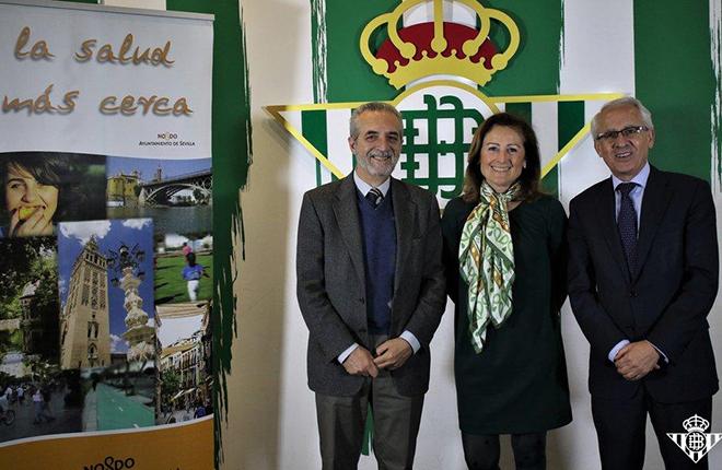 La Junta de Andaluc&iacute;a, el Ayuntamiento de Sevilla y el Real Betis fomentar&aacute;n h&aacute;bitos saludables advirtiendo del peligro de las apuestas online<br />