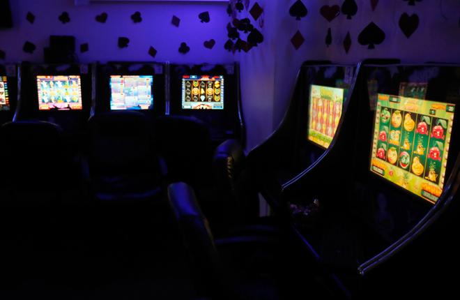 """La Municipalidad de Valparaíso elaborará una ordenanza para el control de """"casinos populares"""""""