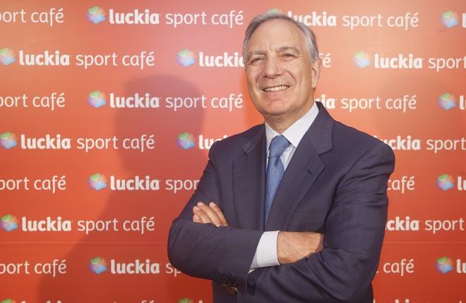 José González desmiente la intención de fusión de Blackstone con Luckia
