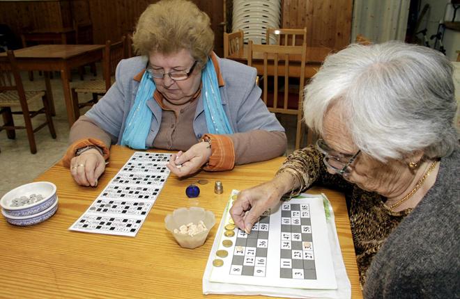 El PSC de Tarragona quiere que se juegue al bingo con dinero en los hogares de jubilados<br />