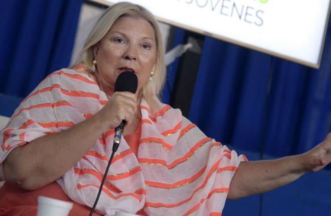 Carrió amplió su denuncia contra el juez que eximió de ganancias a los bingos de Angelici