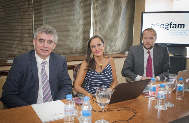 Presentaci&oacute;n y aceptaci&oacute;n oficial de ASESFAM en EUROMAT<br />