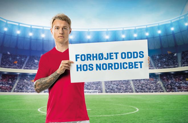 Choque de intereses entre la Federaci&oacute;n danesa de f&uacute;tbol y el jugador Simon Kjaer por la publicidad del juego<br />