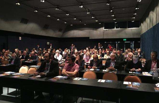Conferencia sobre mercado online, apuestas deportivas y blockchain
