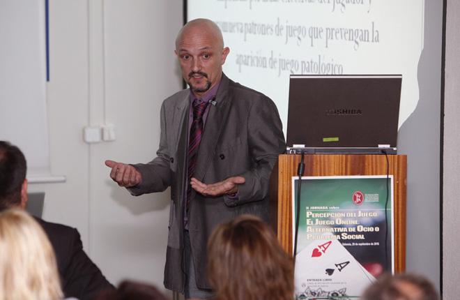 Mariano Ch&oacute;liz considera que el juego online &quot;no se ha regulado suficientemente&quot;<br />