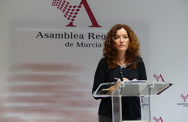 Podemos Murcia pide una distancia m&iacute;nima de 800 metros entre centros educativos y salones de juego<br />