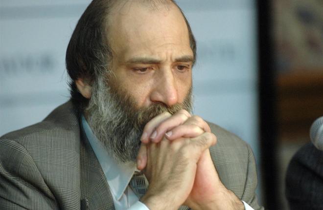 Muere el empresario de bingo y ex presidente del club argentino Newell´s, Eduardo López