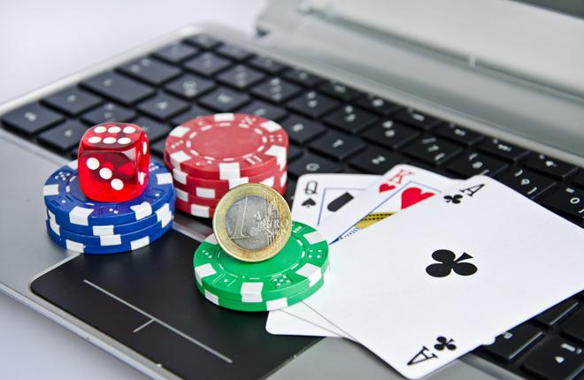 Los juegos de azar y apuestas lideran el ranking por compraventas con un 6,8%<br />