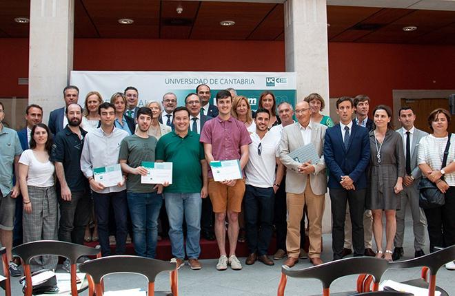 Un centro de eSports gana el Premio UCem al Emprendimiento Universitario<br />