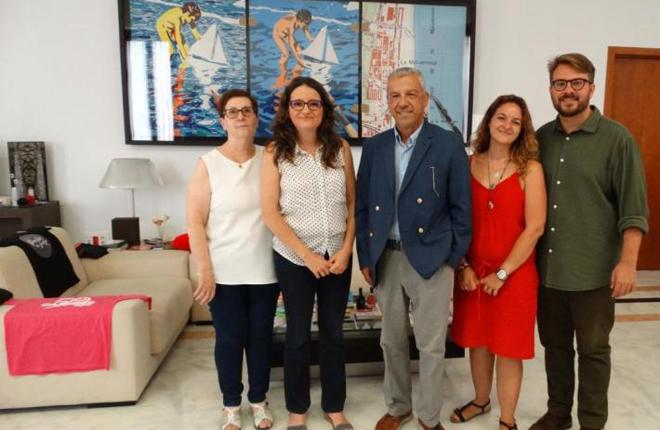 M&oacute;nica Oltra aborda con la asociaci&oacute;n Vida Libre el anteproyecto de la nueva Ley del Juego de la Comunidad Valenciana<br />