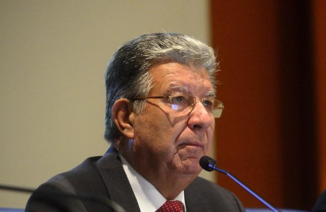 ANMARE expresa su reconocimiento a Pedro Oca&ntilde;a por sus 30 a&ntilde;os al frente de la Federaci&oacute;n<br />