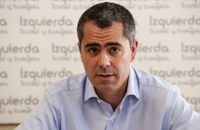 IU&nbsp;se queja de la proliferaci&oacute;n de salones en Cantabria y acusa a PRC-PSOE de no mover un dedo durantes m&aacute;s de 3 a&ntilde;os<br />