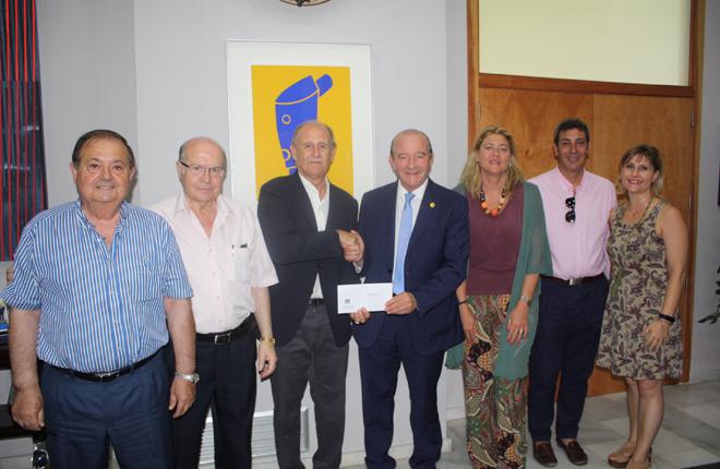 ANDEMAR&nbsp;CV&nbsp;dona 8.000 euros a la Casa de la Caridad de Valencia<br />