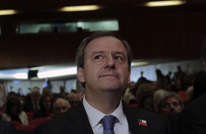 El Ministro de Educaci&oacute;n de Chile propone realizar bingos para solucionar los problemas de infraestructura<br />