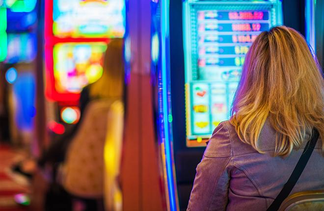 Los casinos de Chile generan una recaudaci&oacute;n tributaria de 10.651 millones en junio de 2018<br />