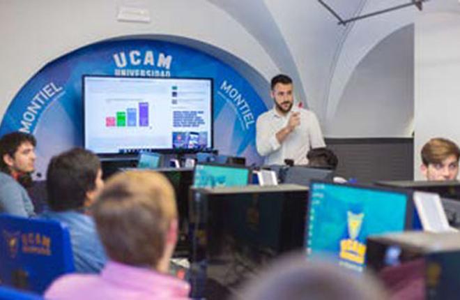 La red de franquicias PCBOX beca a 8 j&oacute;venes participantes en el curso &quot;Gesti&oacute;n y Direcci&oacute;n en eSports&quot; de la UCAM<br />