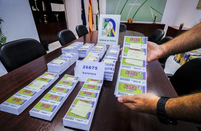 La Polic&iacute;a interviene 26.875 boletos de loter&iacute;a ilegal de la OID valorados en unos 38.000 euros<br />