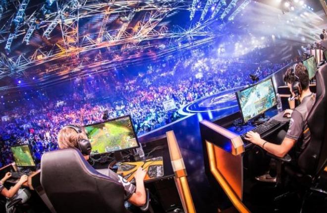 Los eSports, un <em>fen&oacute;meno</em> que atrae a los j&oacute;venes<br />