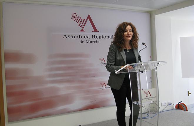 La Asamblea Regional de Murcia <em>para los pies</em> a Podemos<br />