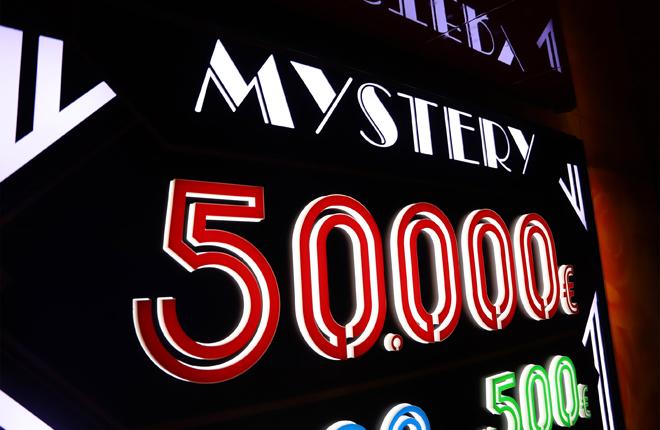 Casino Mediterr&aacute;neo Alicante entrega el primer premio Mystery de 50.000 euros<br />
