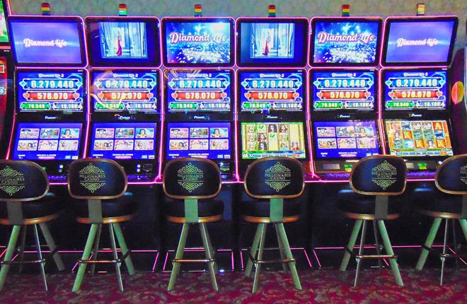 Instalaciones de EGT en Millionaires Casino Bogot&aacute;<br />