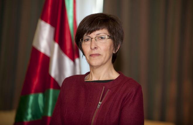 La consejera de Seguridad del Gobierno vasco calla a los <em>Podemitas</em><br />