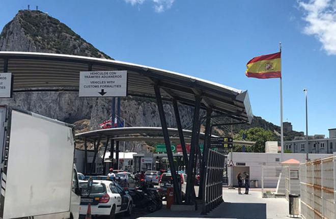 Ceuta contacta con Gibraltar para atraer a empresas de juego online