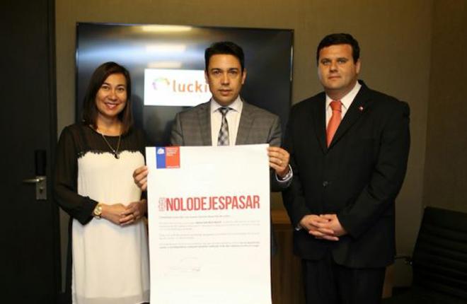 Luckia y Antay se suman al compromiso a la no violencia contra la mujer en Arica y Parinacota<br />