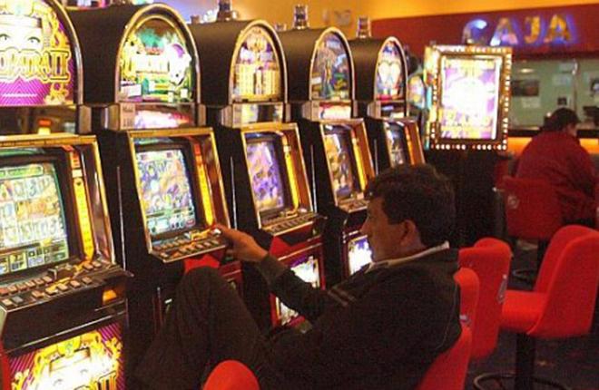 Fuerza Popular de Per&uacute; plantea subir los impuestos a casinos y m&aacute;quinas de azar<br />