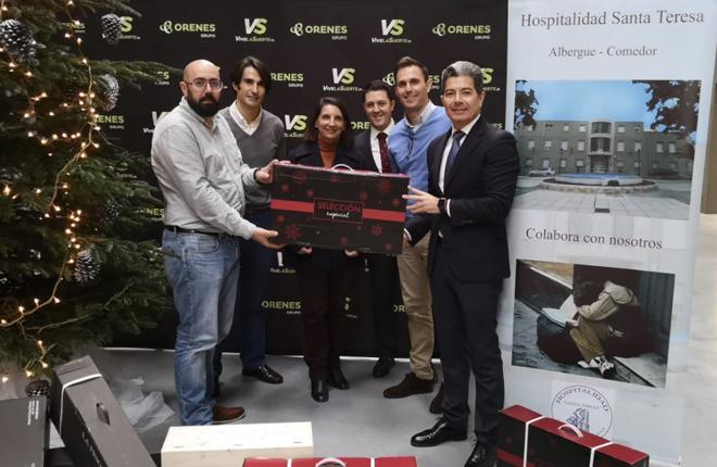 Grupo Orenes dona 500 kilos de alimentos a la Fundaci&oacute;n Hospitalidad de Santa Teresa de Cartagena e inicia una recogida de juguetes para Cruz Roja<br />