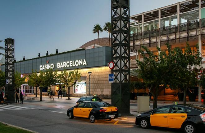 Cuatro detenidos por manipular la bola de la ruleta en el Casino de Barcelona y obtener 34.000 euros<br />