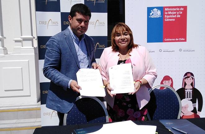 Seremi de la MujeryEG y Casino Dreams firman un convenio para potenciar el desarrollo del emprendimiento femenino