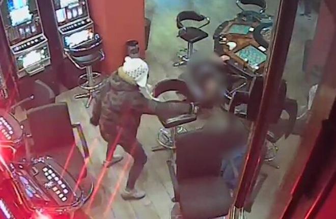 Cae una banda de atracadores que sembraba el pánico en supermercados y salones de juego de Granada