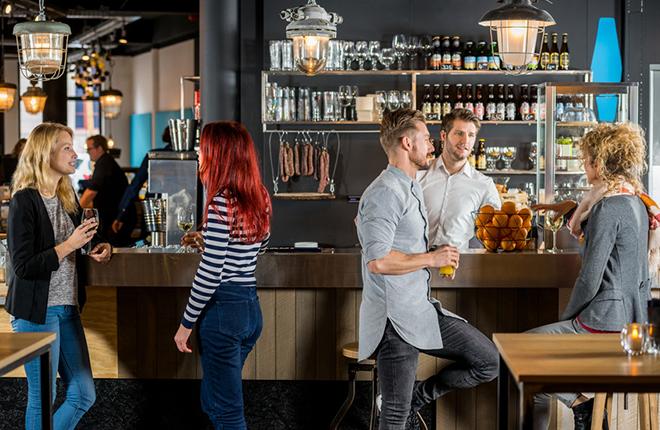 La Asociación de Hostelería de Madrid pide a los bares que le trasladen las condiciones de los contratos con las operadoras
