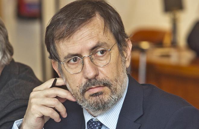 Manuel Matamoros analiza la potestad de los Ayuntamientos a la hora de regular los locales de juego
