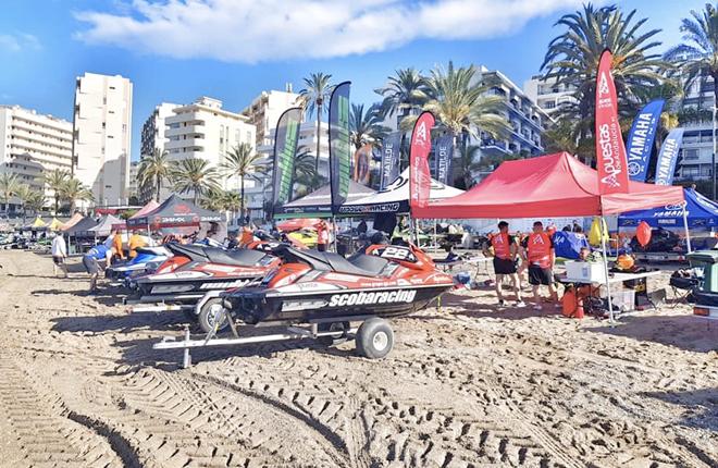 Gran éxito de Wave Warriors Apostium en Marbella